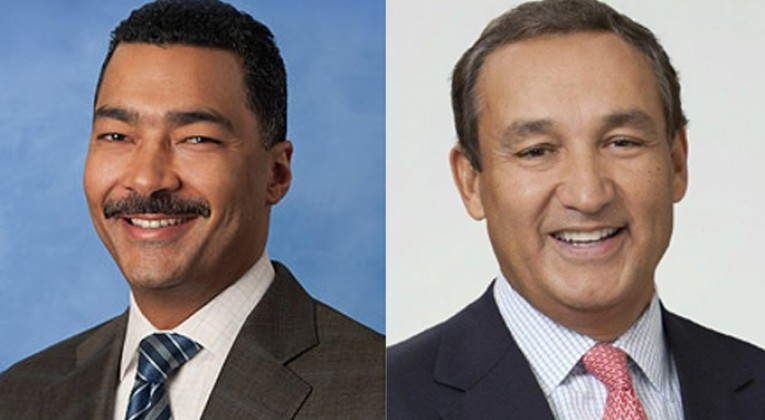 Brett J. Hart and Oscar Munoz. Sources: United Airlines and the LinkedIn profile of Oscar Munoz.