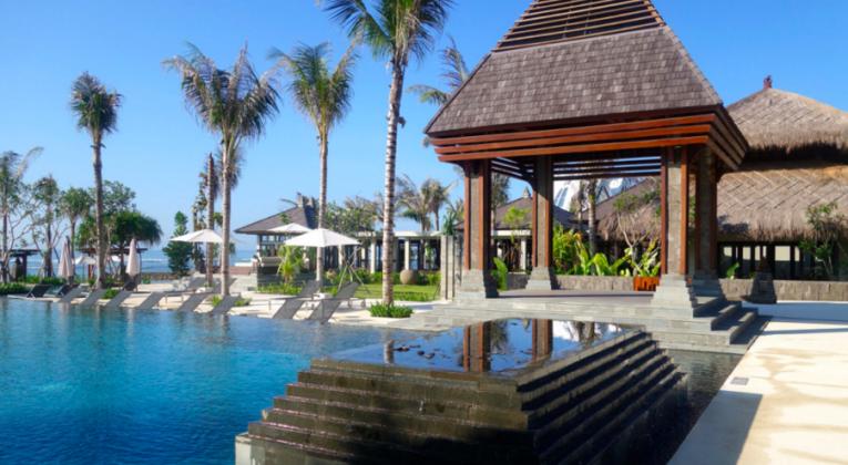 M Ritz-Carlton Bali Pool