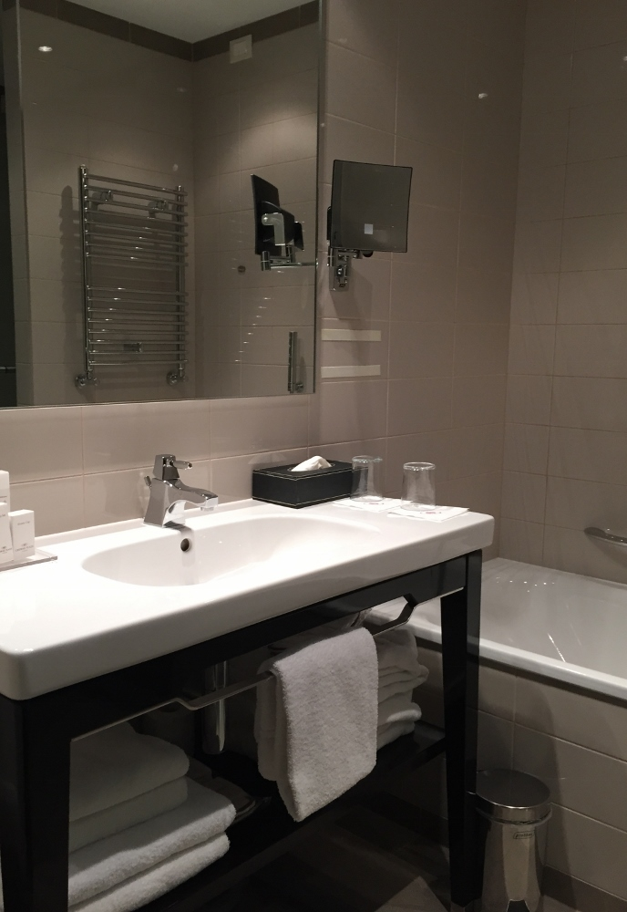 Crowne Plaza Verona - Bathroom