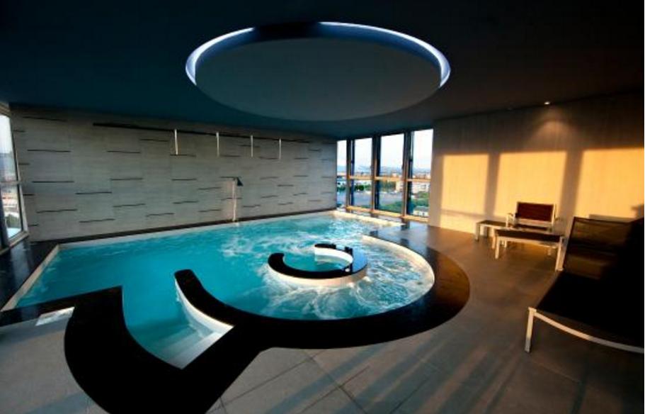 Crowne Plaza Verona Pool