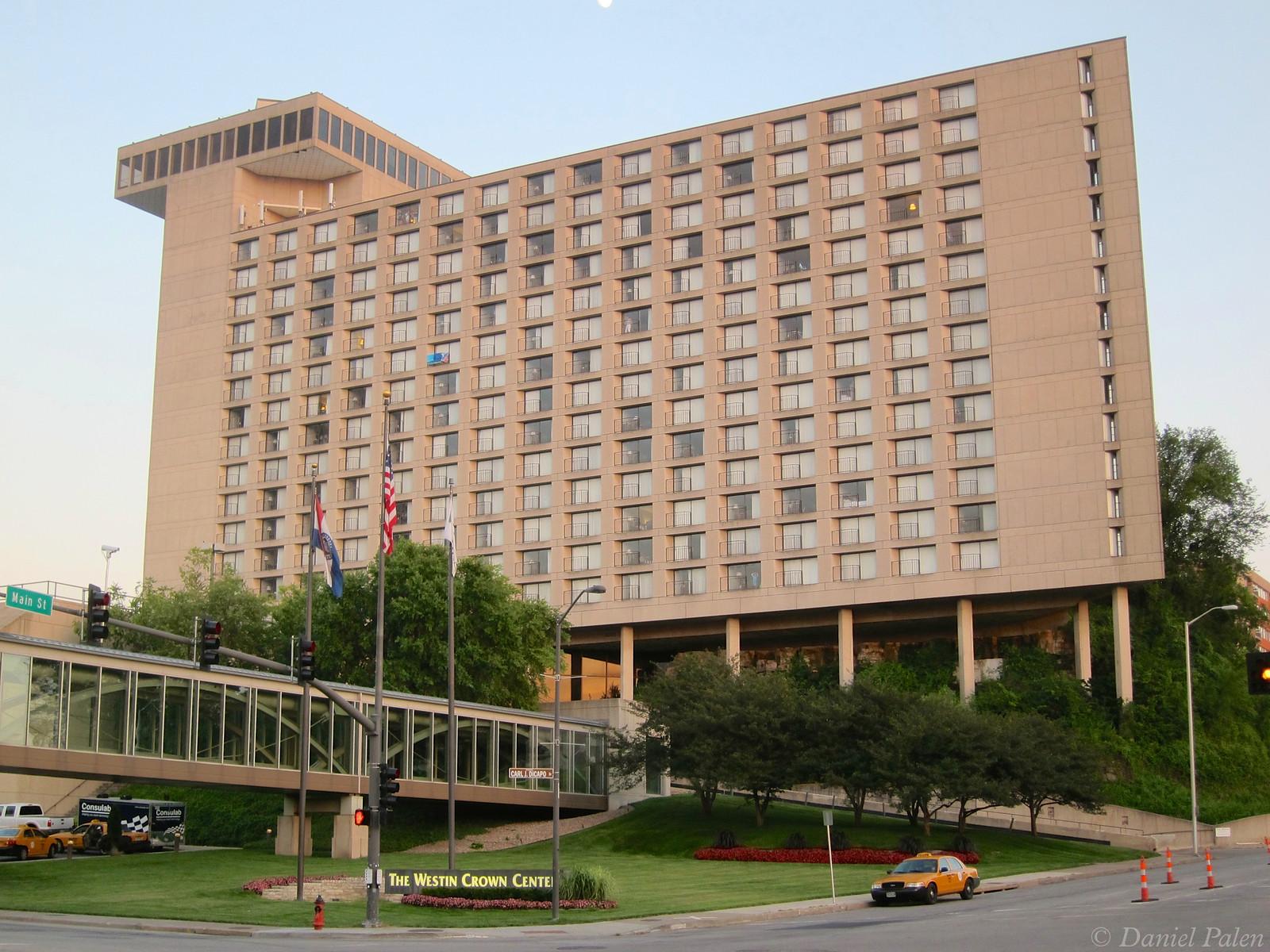 Hilton Hotels Near Crown Center Kansas City