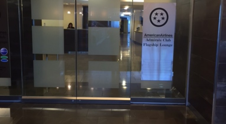 Jfk admirals club review terminal 8 concourse b for Jfk airport hotel inside terminal