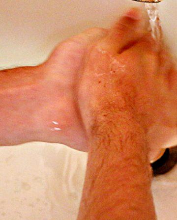 wash hands
