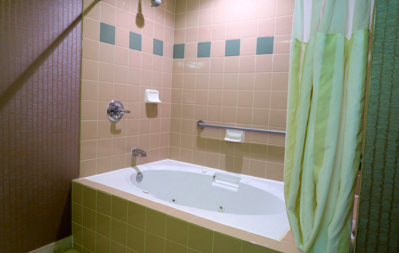 M Hilton Garden Inn Bath