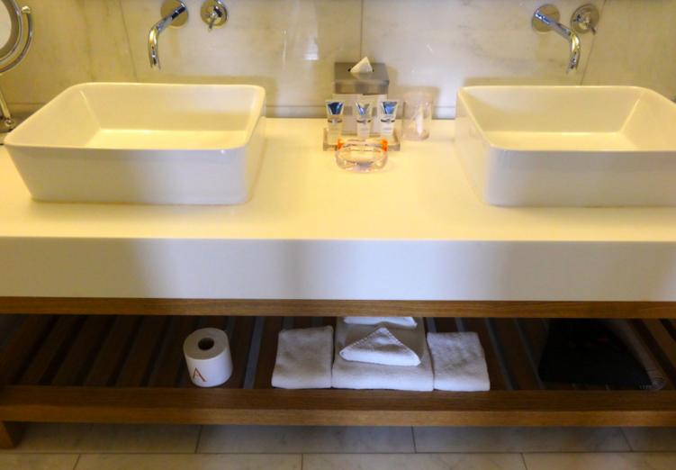 M Andaz Napa bathroom
