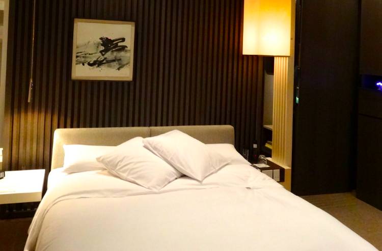 M PH Shanghai Bedroom