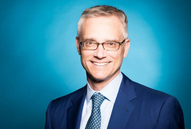 New AA President Robert Isom