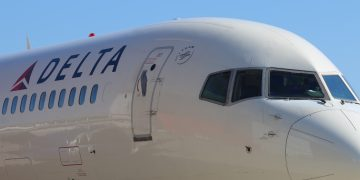 Delta Air Lines Boeing 757-200 aircraft
