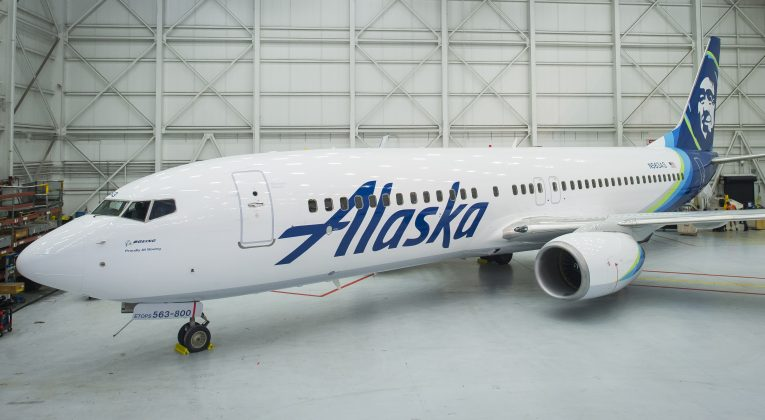 Alaska Airlines Boeing 737-800 new livery 2016