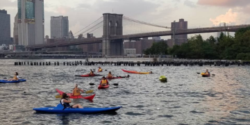 kayak hudson river