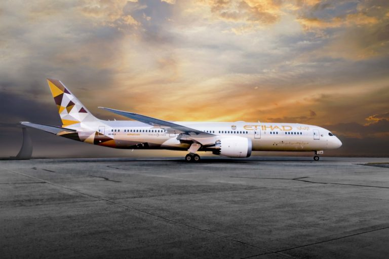 Boeing 787-900 Dreamliner in Etihad Airways livery (Source: Etihad Airways)