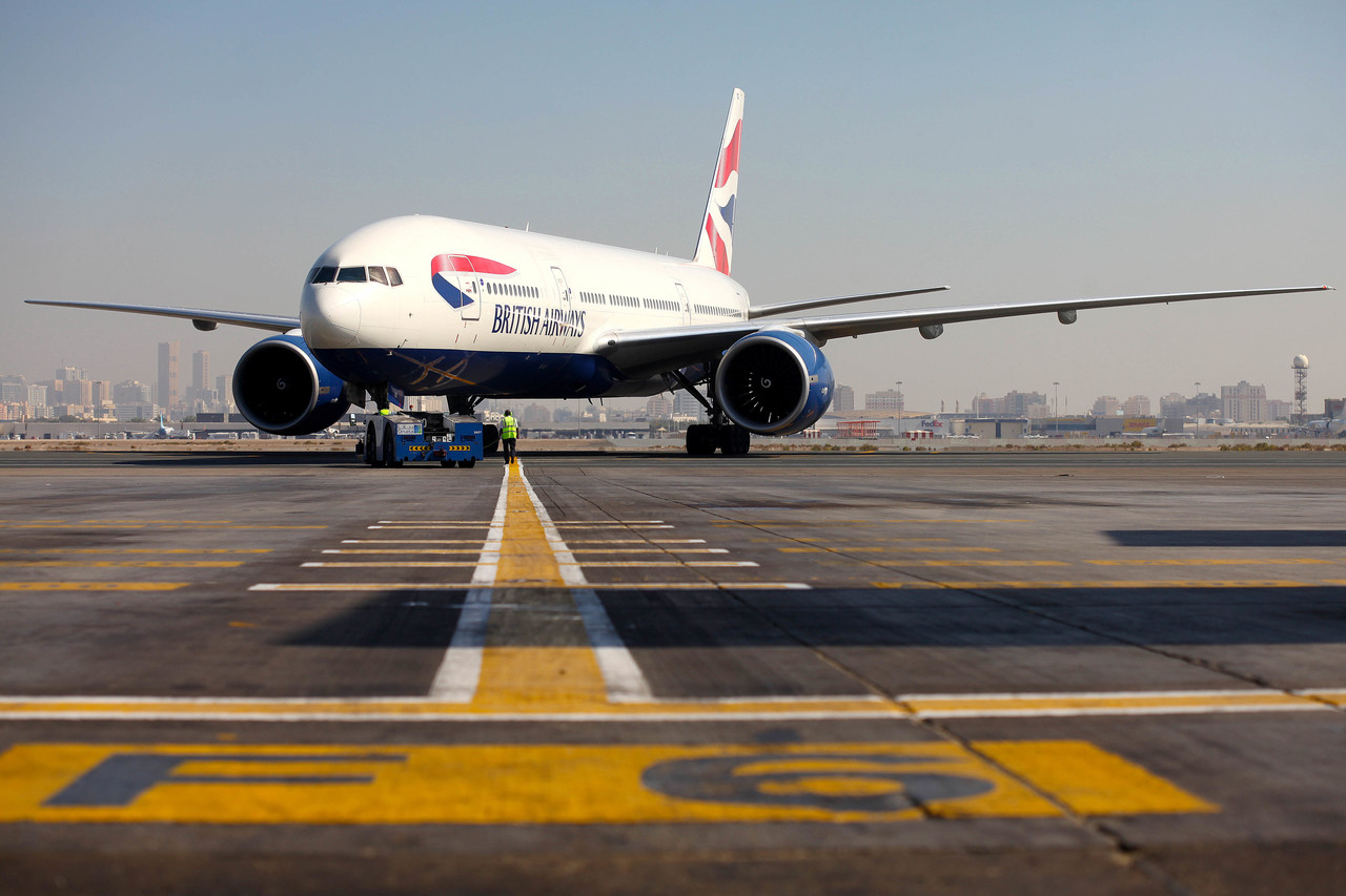 Boeing 777-200 push back in Dubai (Source: British Airways)